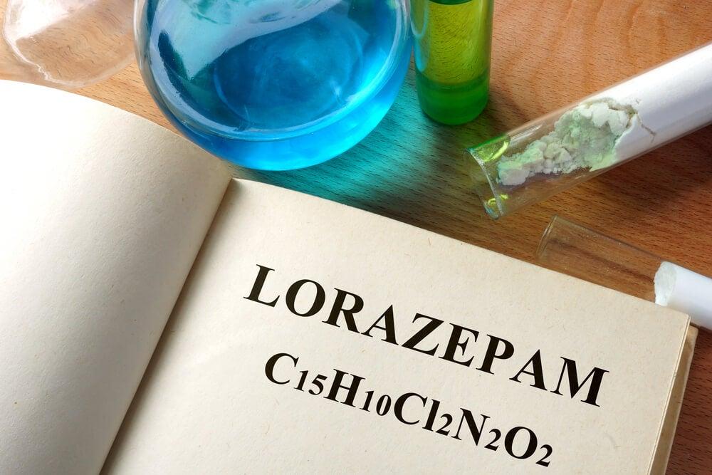 lorazepam ansiolítico benzodiacepina