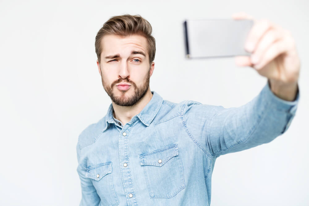 narcisismo selfie camara histrionico histrionismo