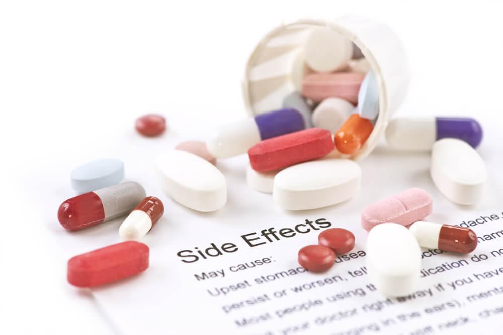 efectos secundarios fármacos adversos