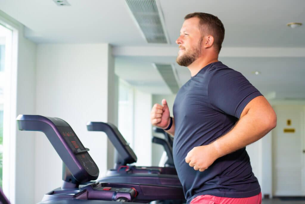 Ejercicio físico para perder peso.