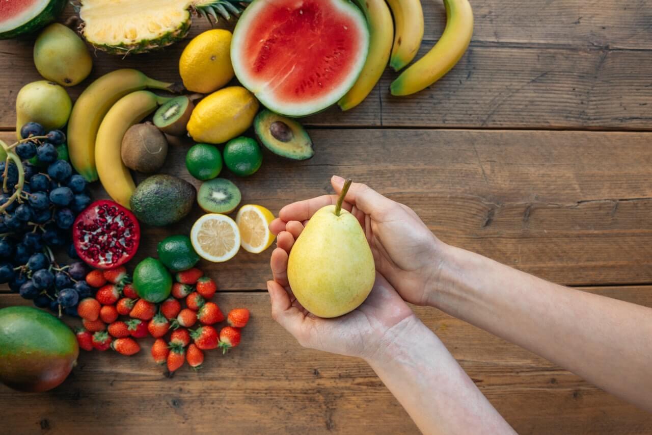 Frutas con su azúcar: fructosa.