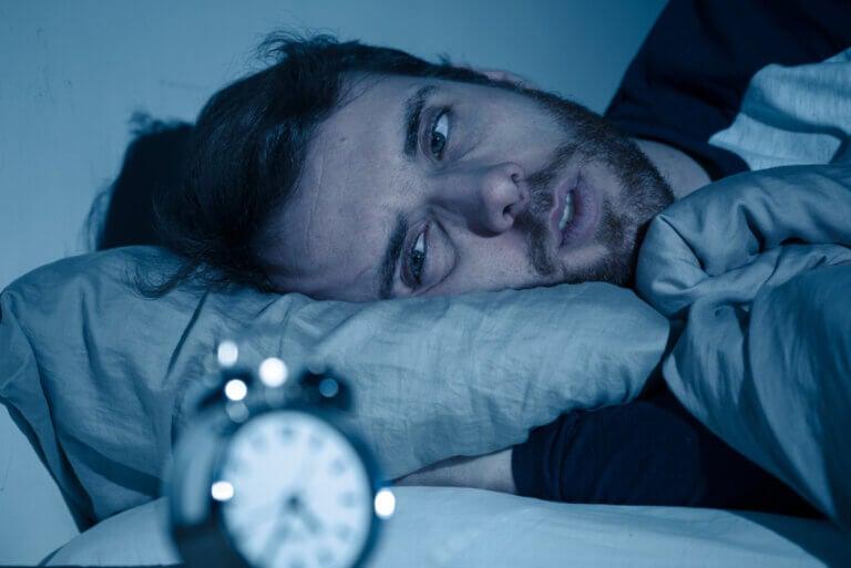 ¿Qué hacer si me desvelo por las noches?