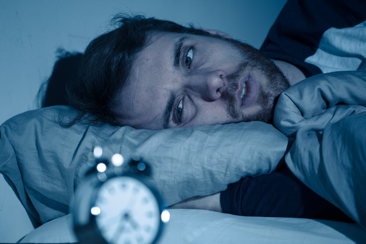 Insomnio en un hombre.