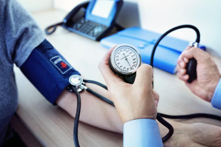 Las 5 bebidas que más suben la presión arterial