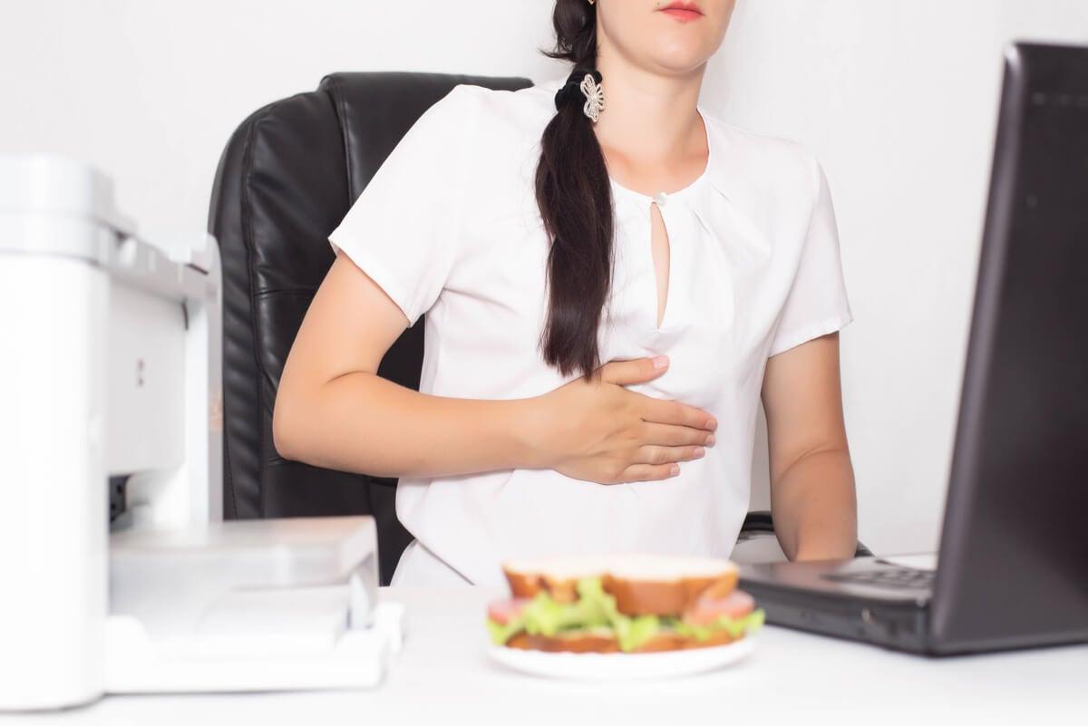 Estilo de vida estresante y enfermedades gastrointestinales.