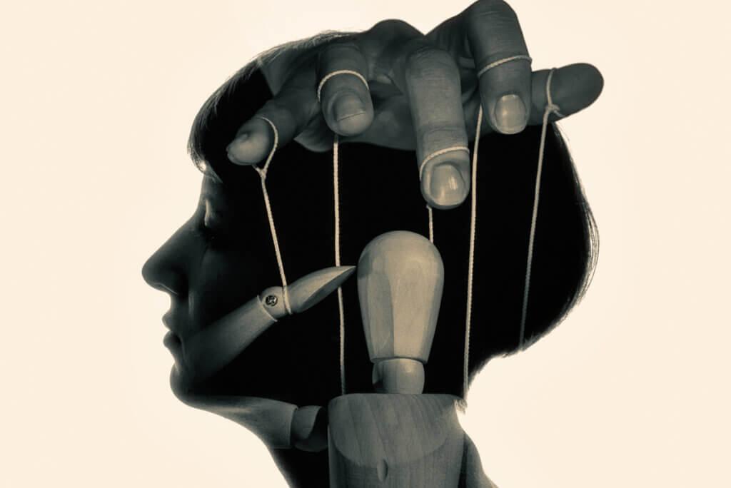 7 rasgos psicológicos y actitudes de las personas sumisas