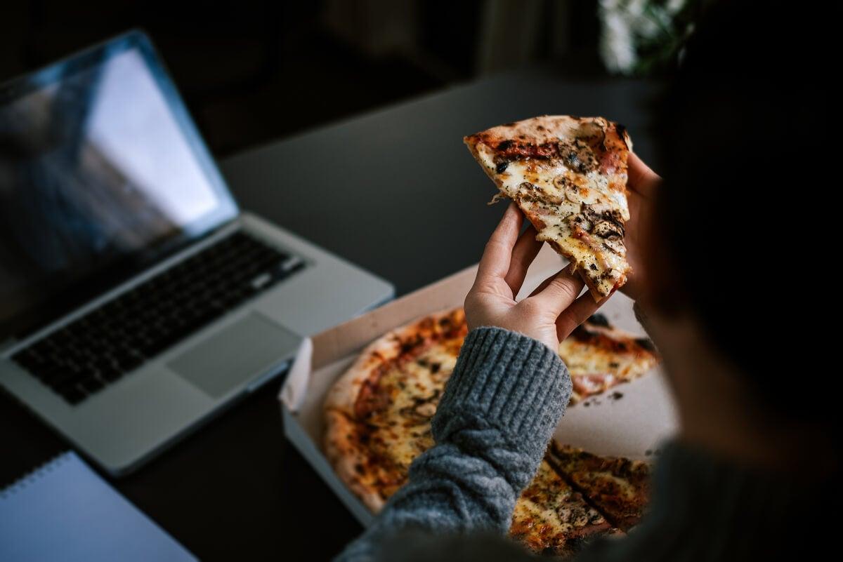 Pizza en horario nocturno.