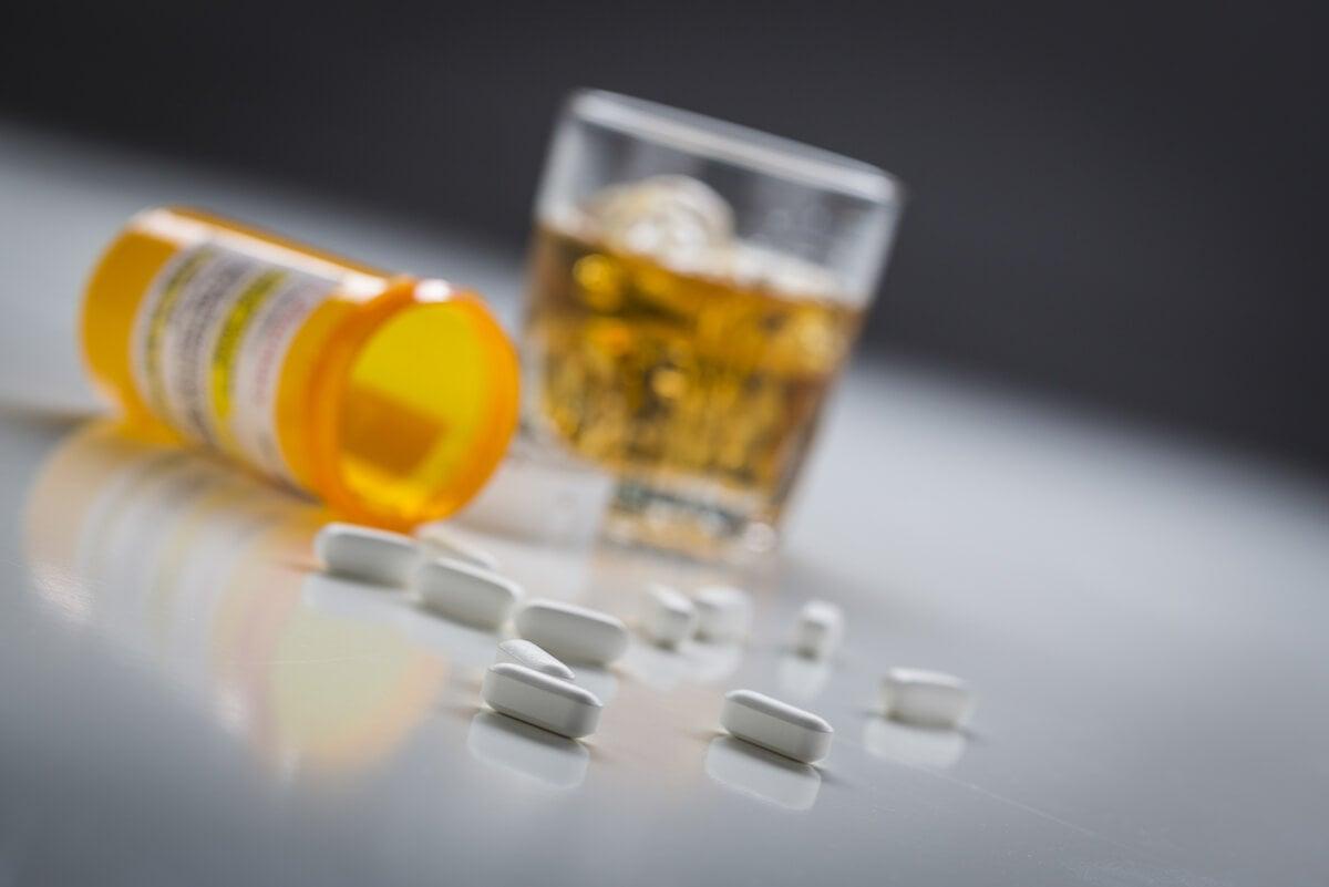 Ansiolíticos y alcohol: ¿qué ocurre si los tomas?