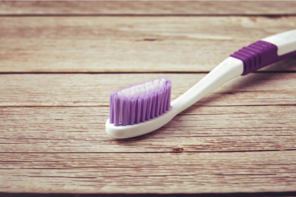 Cepillo para lavarse correctamente los dientes.