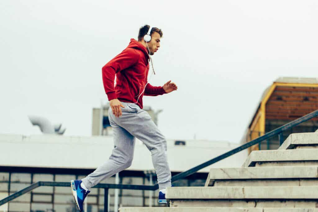 Beneficios de escuchar música para hacer ejercicio.