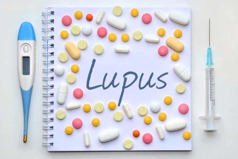 Lupus: síntomas, causas y tratamiento