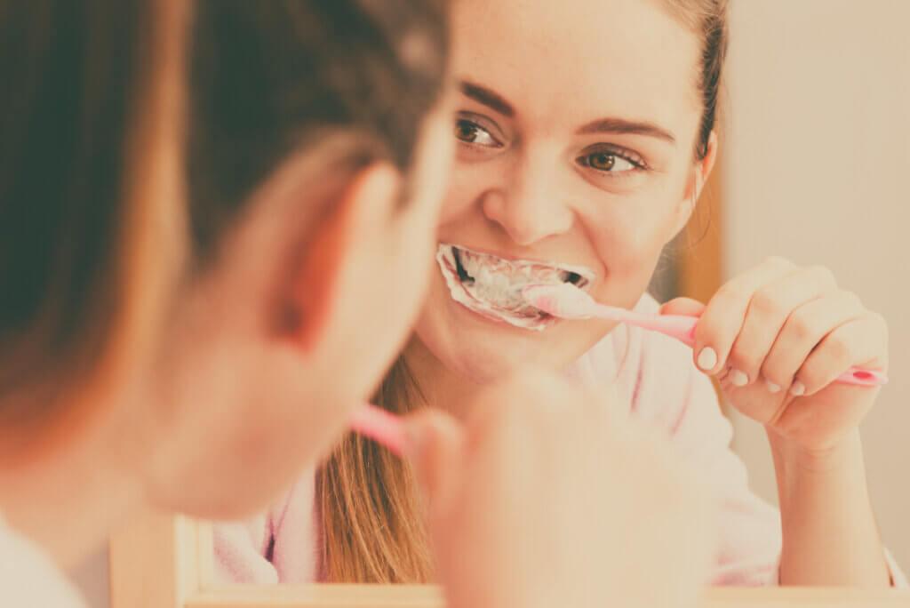 9 claves para lavarse los dientes de forma correcta
