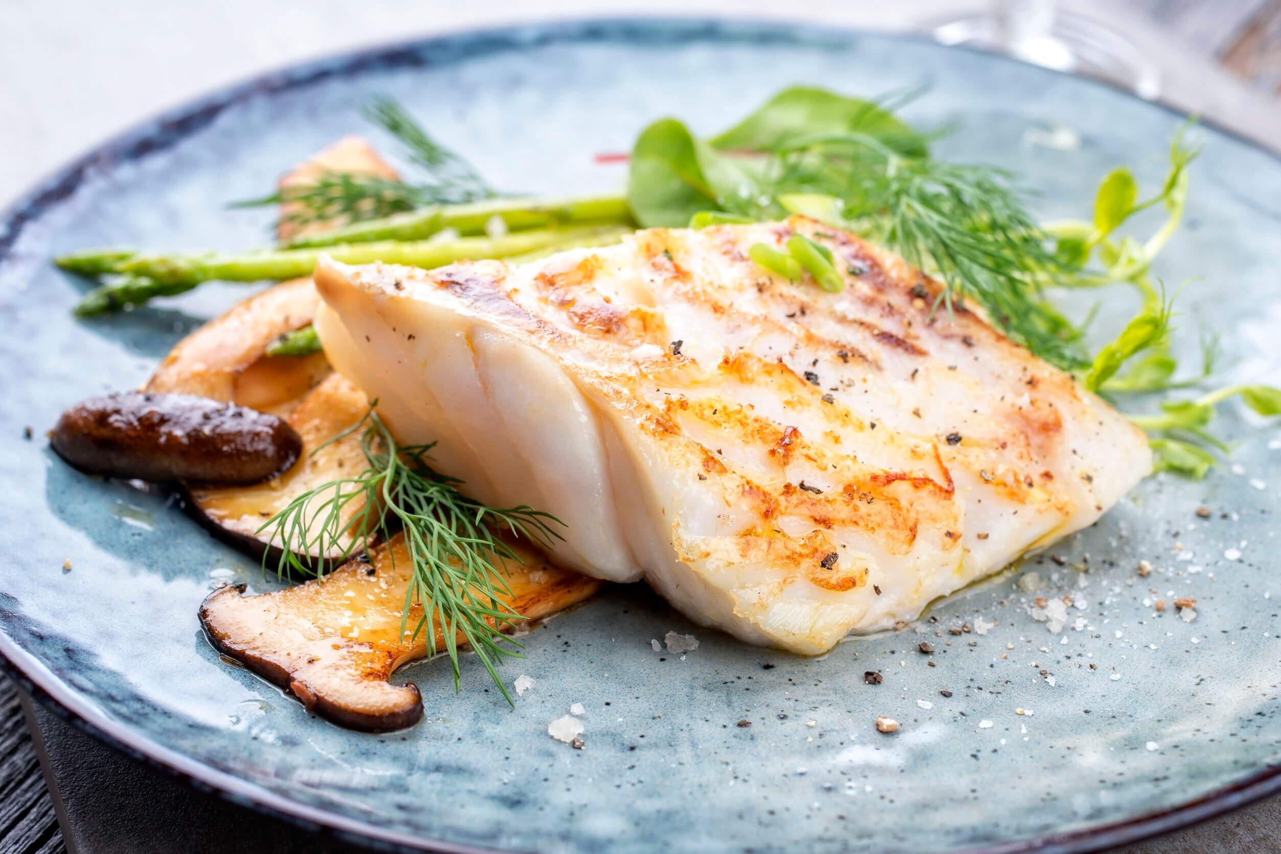 El pescado es una excelente fuente de ácidos grasos omega 3.