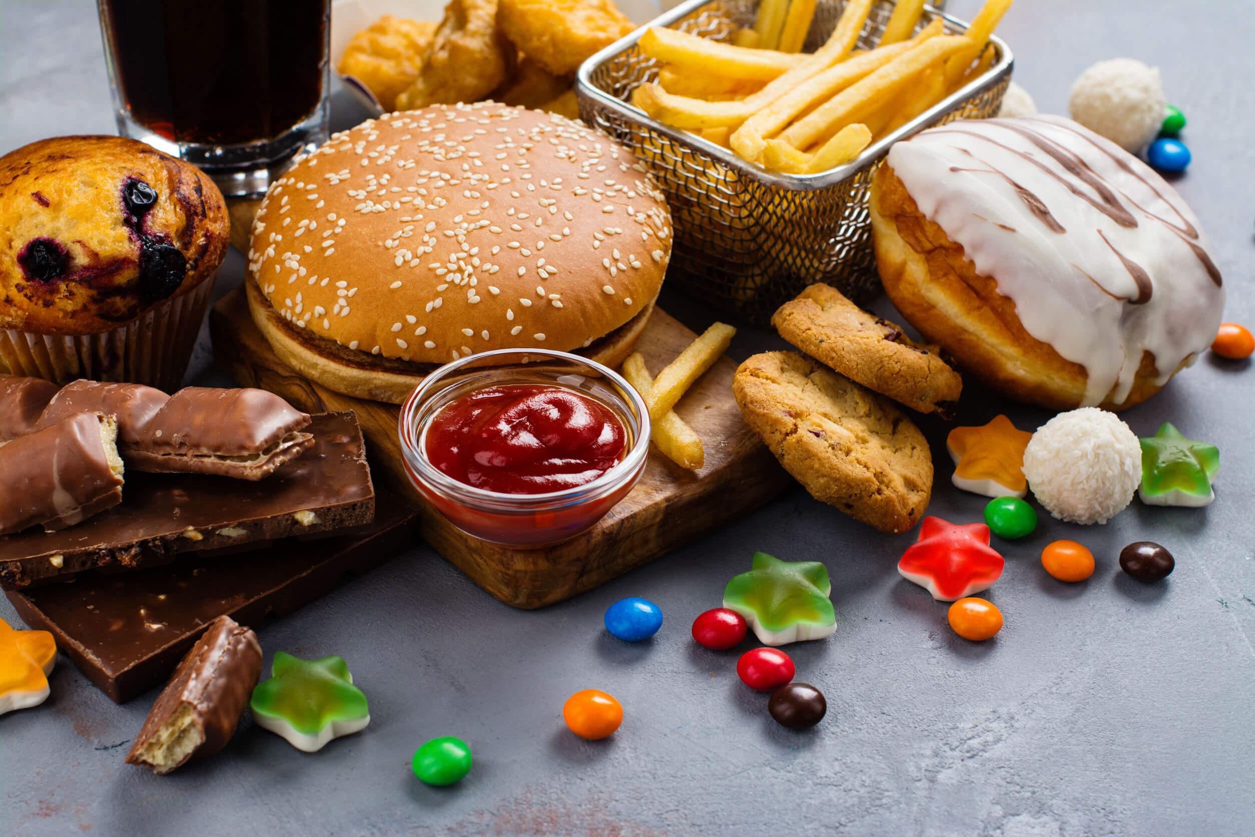 Comida chatarra: ¿qué es y cómo afecta a la salud?