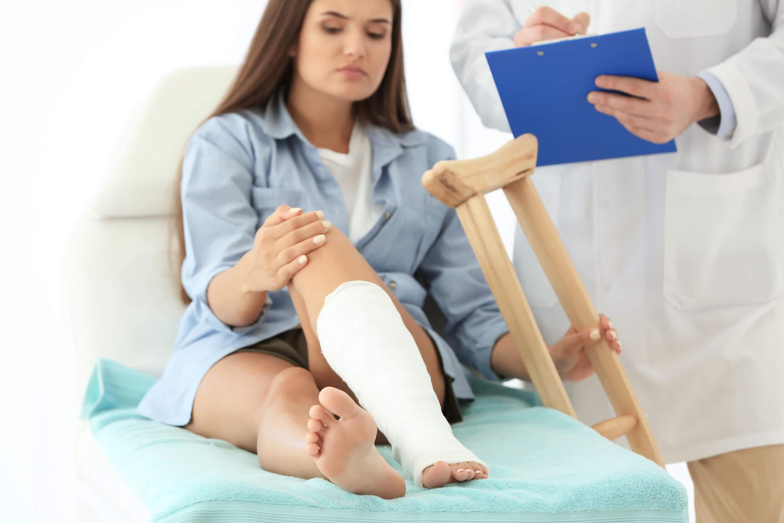 Los 10 tipos de fracturas: causas, síntomas y tratamientos