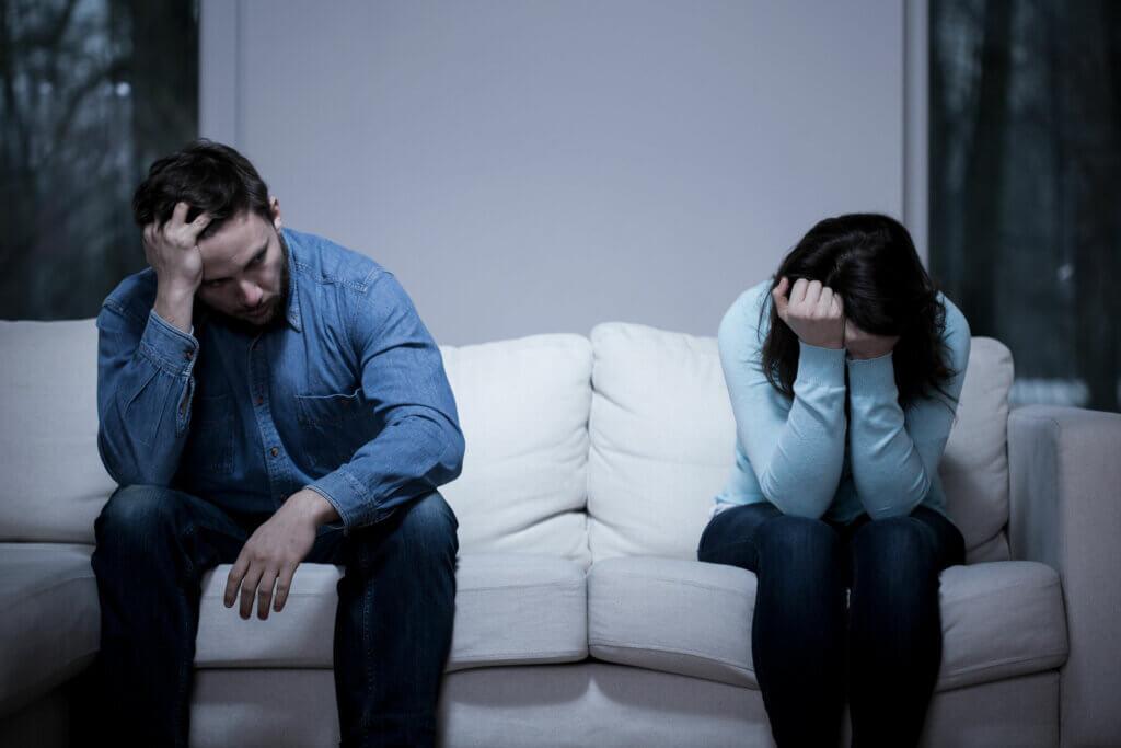 L'anxiété sexuelle cause souvent des problèmes relationnels.