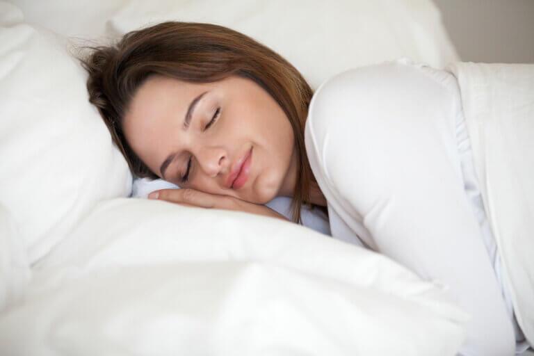 8 consejos para tener un sueño reparador, según la ciencia