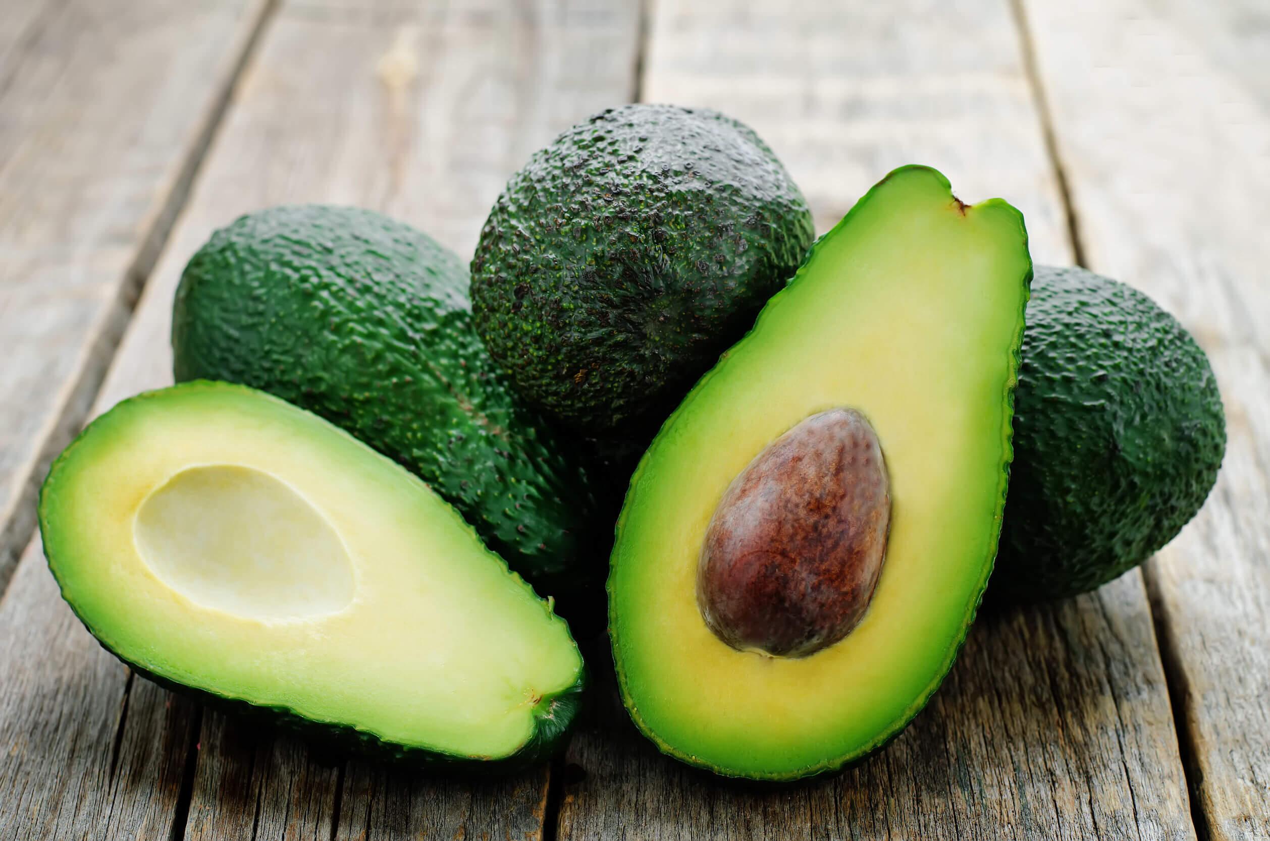 Non tutti i tipi di grasso sono uguali. Quelli presenti nell'avocado sono sani.