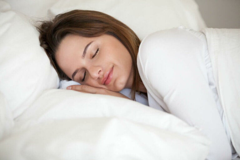 8 Tips for a Good Night's Sleep, According to Science