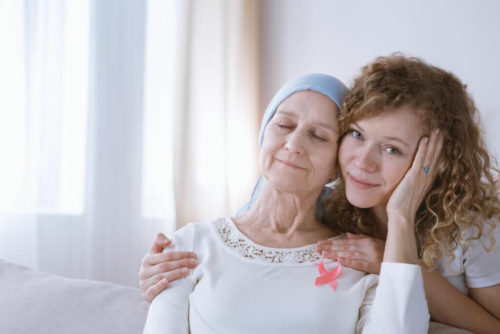 Entre las enfermedades de las mujeres está el cáncer de cuello uterino,