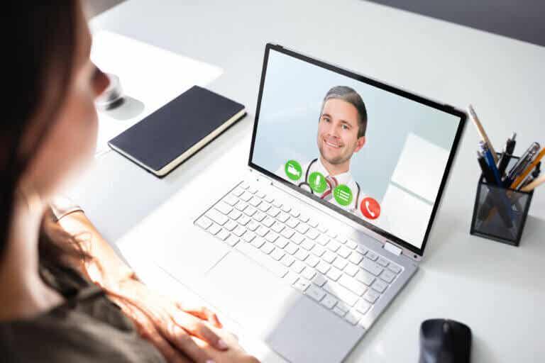 Terapia online: características, beneficios y eficacia