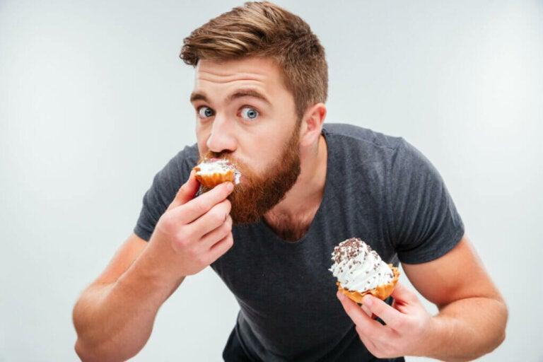 Perché continuiamo a mangiare anche se siamo sazi?