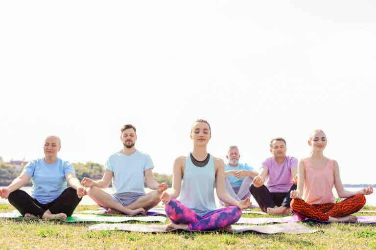 Meditación colectiva: en qué consiste y cuáles son sus beneficios