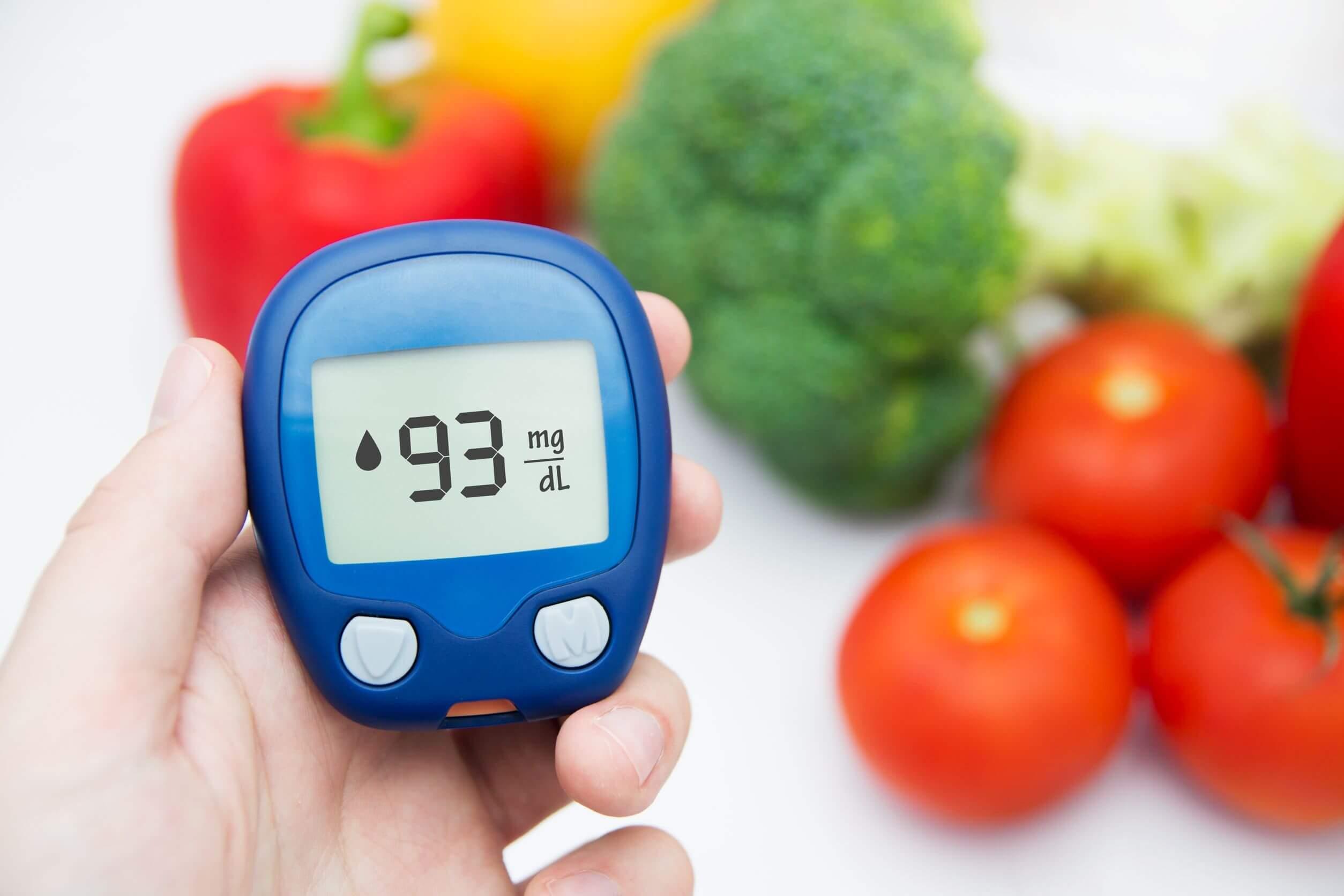 La diabetes requiere cambios en la alimentación.