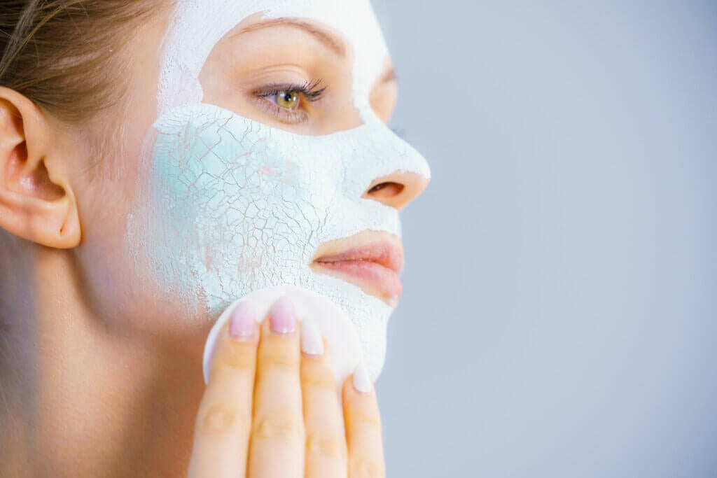Oily Skin: Characteristics and Care
