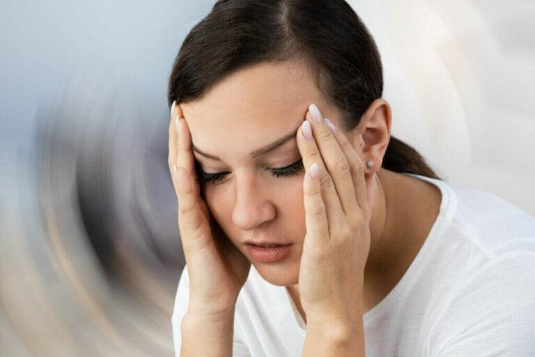 Vertige: symptômes, causes et traitement
