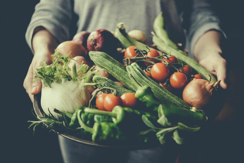 Dieta rica en vegetales para la psoriasis.