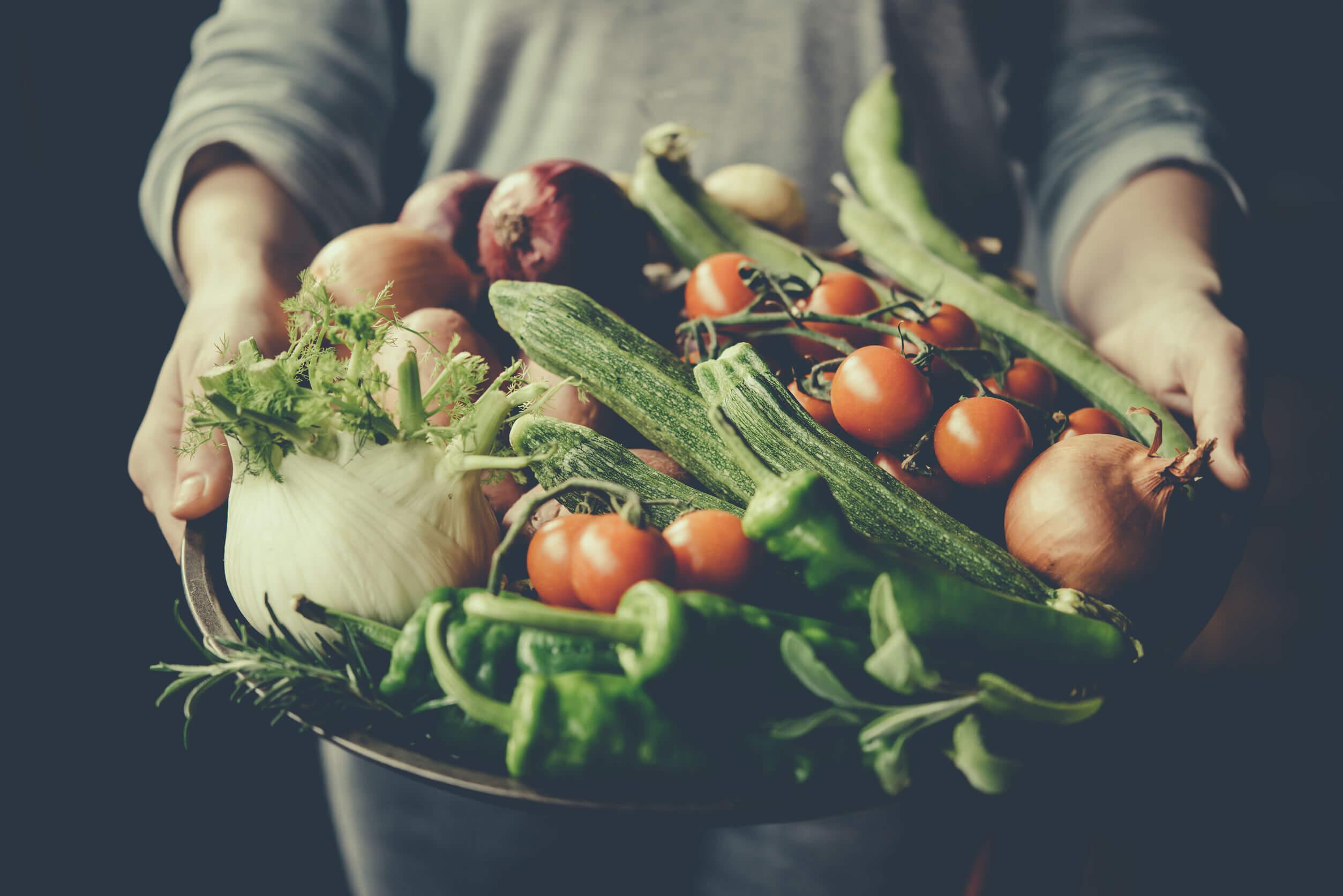 El método del plato incluye vegetales