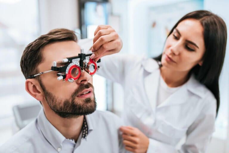 Miopía: síntomas, causas y tratamiento