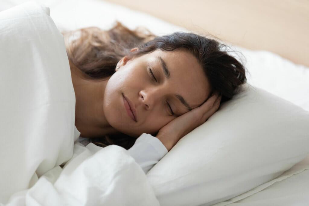 4 benefícios do ruído rosa para a saúde