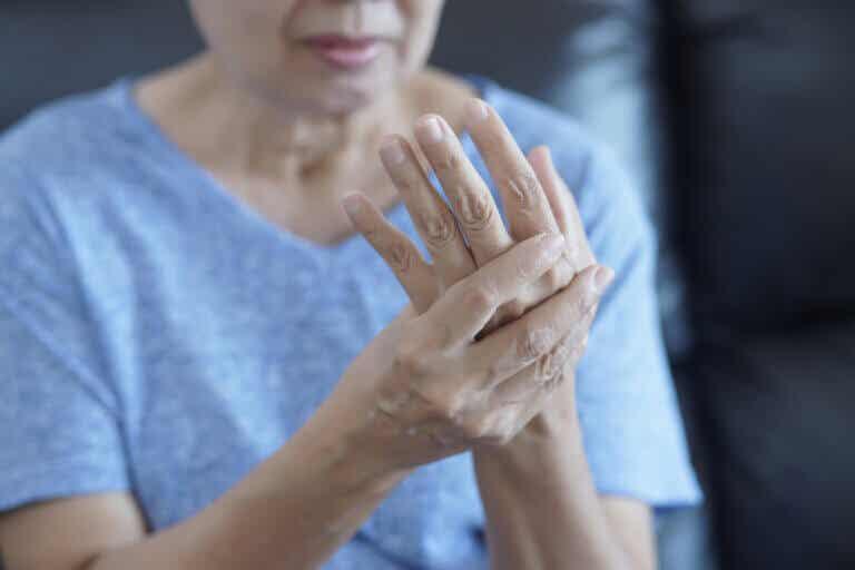 Causas y factores de riesgo de la artritis