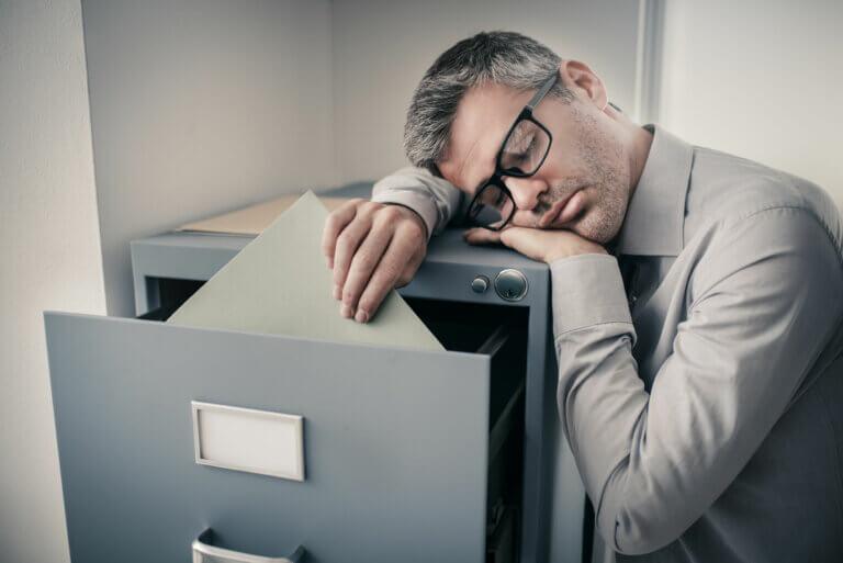 ¿Qué son las disomnias? Características, tipos, causas y tratamiento