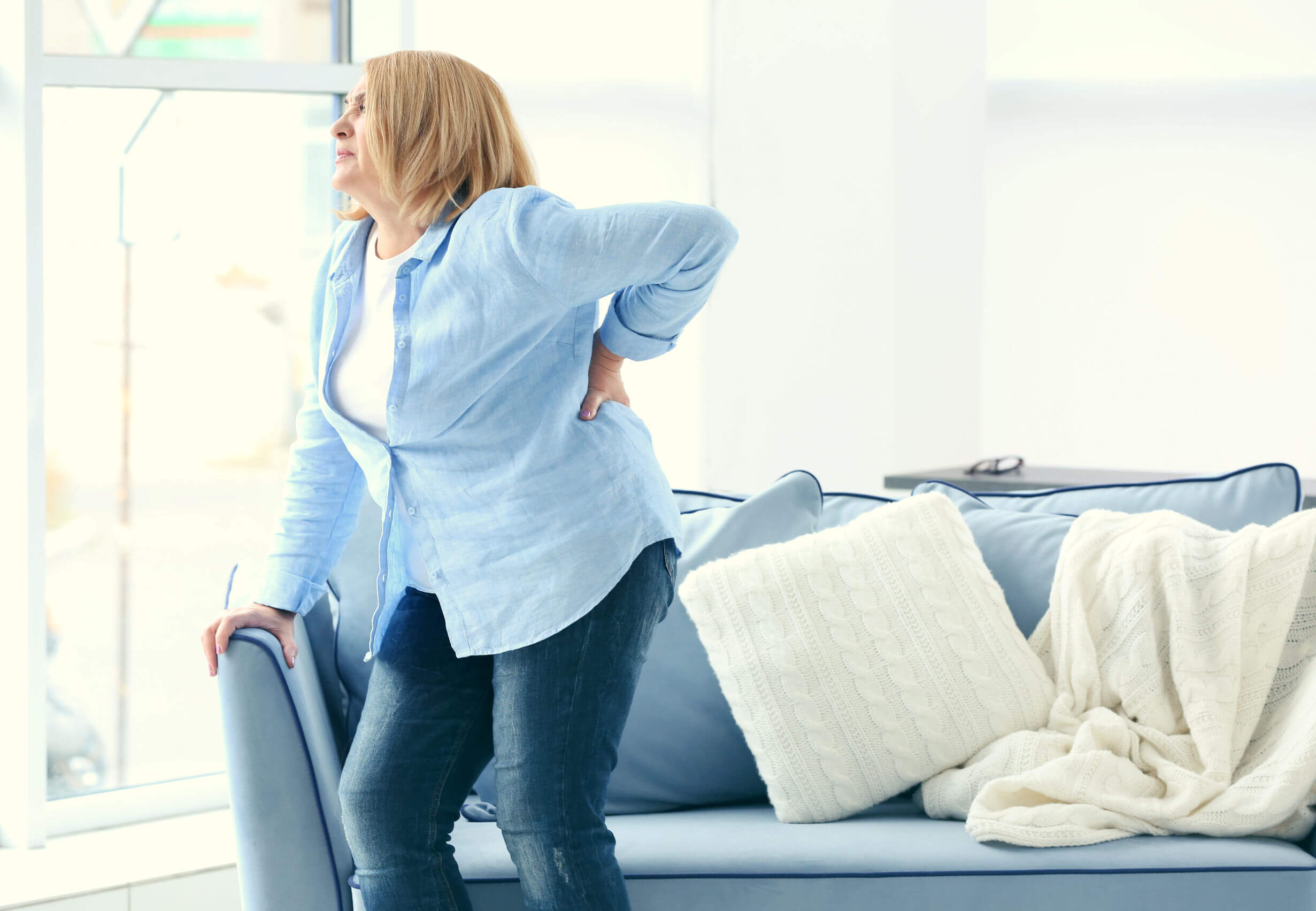 As doenças ósseas mais comuns incluem dor lombar.