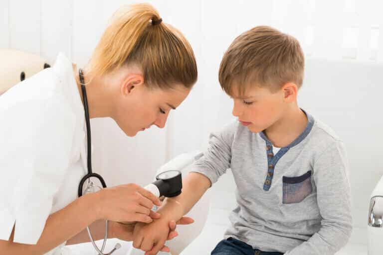 ¿Qué es la dermatoscopia?
