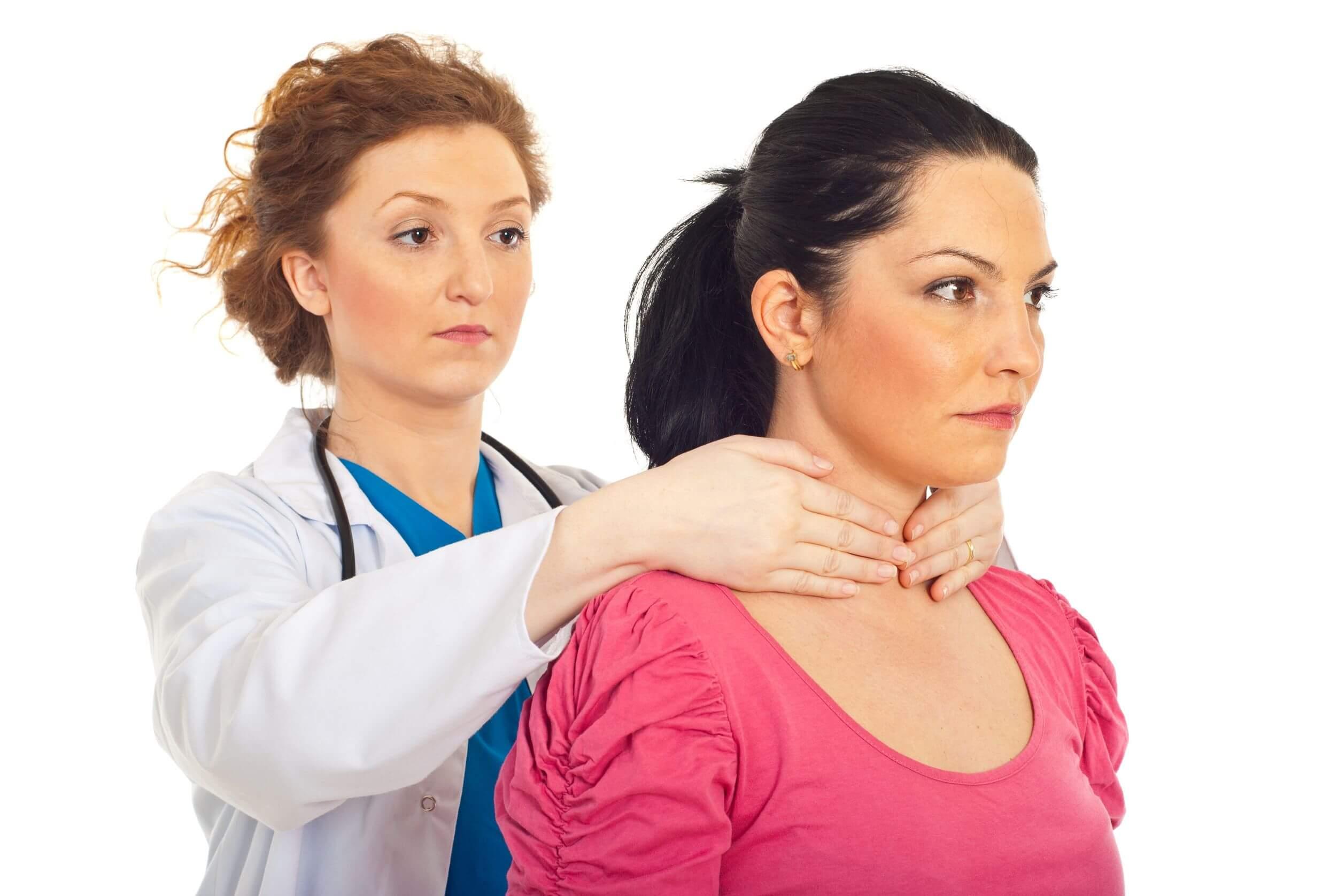 A deficiência de iodo requer atenção médica.