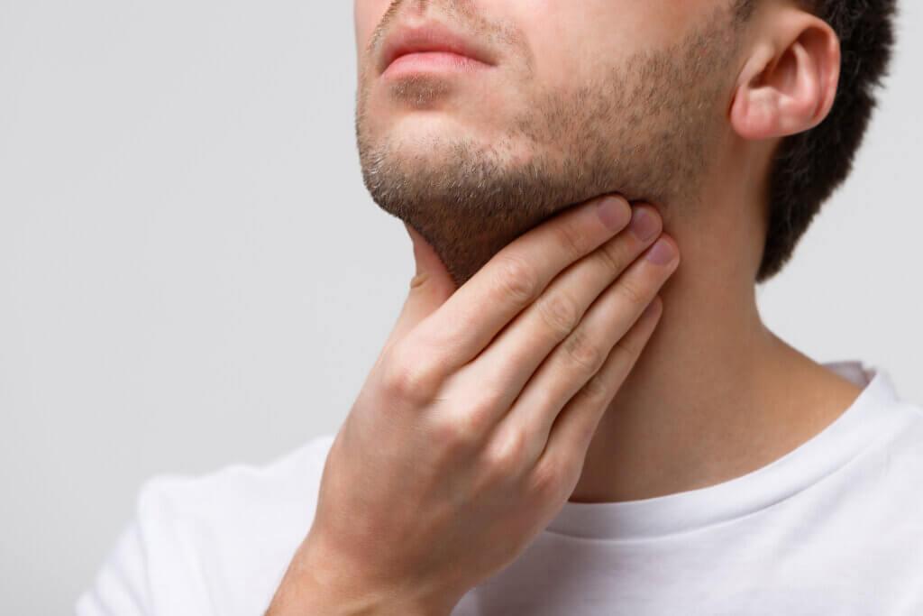 ¿Qué es la tiroiditis?