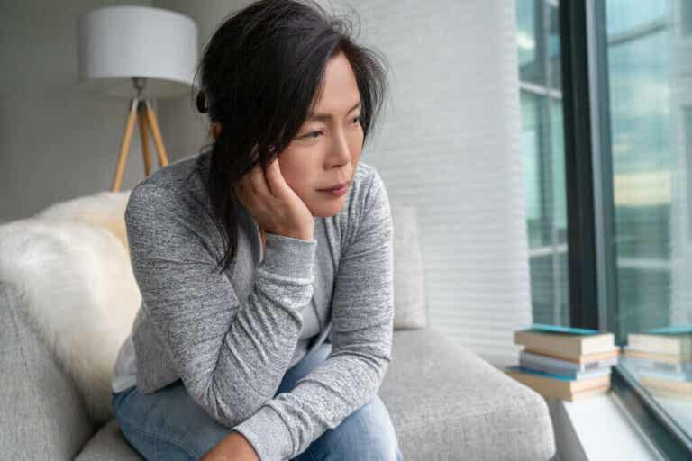 O que é menopausa induzida?