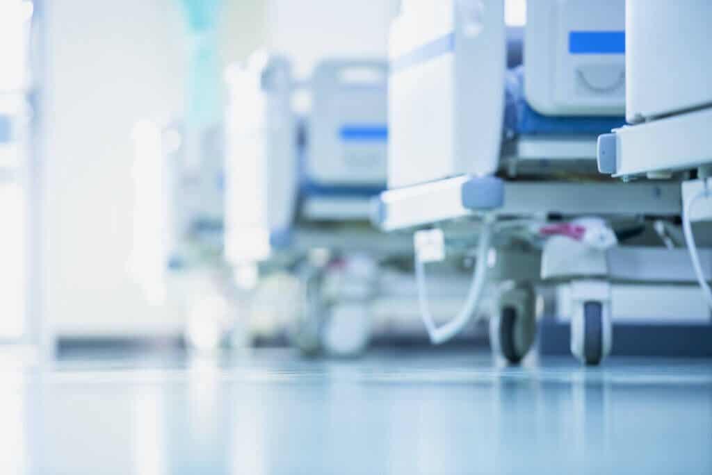 ¿Qué es una emergencia hipertensiva?