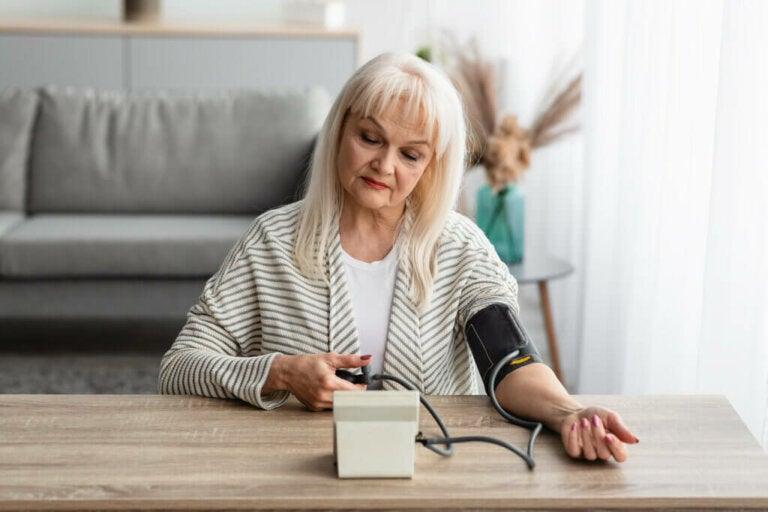 Come misurare la pressione arteriosa a casa?