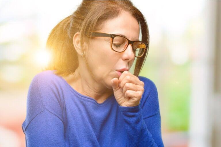 ¿Cómo afecta la bronquitis crónica al cuerpo?