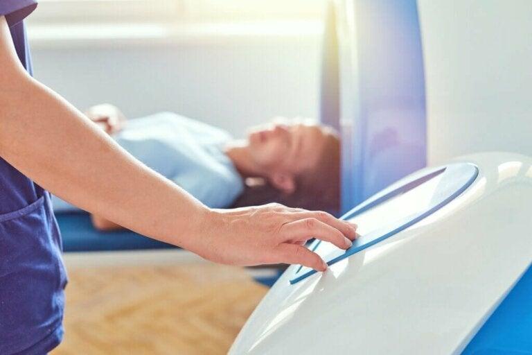 O que é enterografia por ressonância magnética?