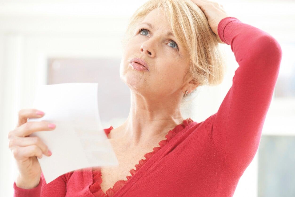 Ménopause: symptômes et complications