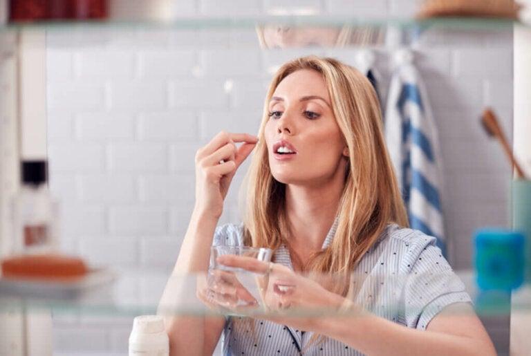 Traitement de la migraine: autosoins, médicaments et aromathérapie
