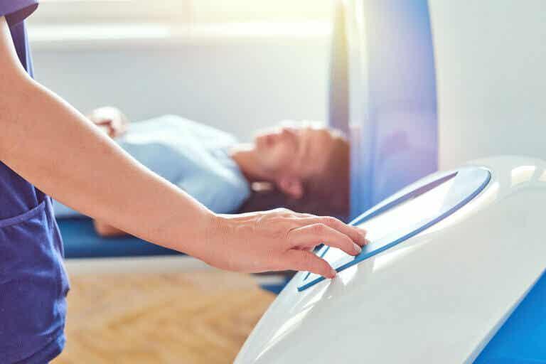 ¿Qué es la enterografía por resonancia magnética?