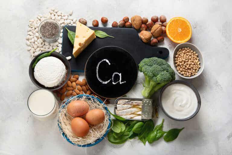 Los 11 alimentos más ricos en calcio y sus beneficios
