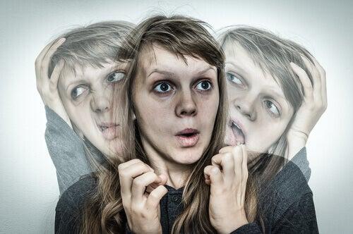 Esquizofrenia: sintomas, causas e tratamento